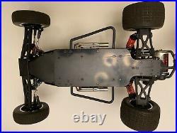 Team Losi TLR 1/10 Oval Slider Vintage